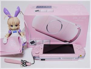 PSP-3000「ブロッサム・ピンク」(バリューパック)